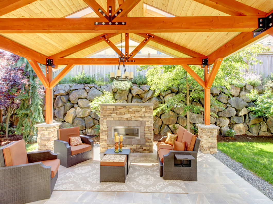 Elevate Your Backyard to a Gorgeous Outdoor Living Space